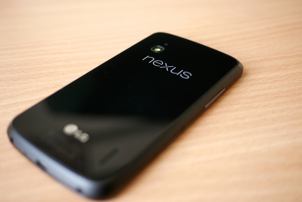 nexus google android silver