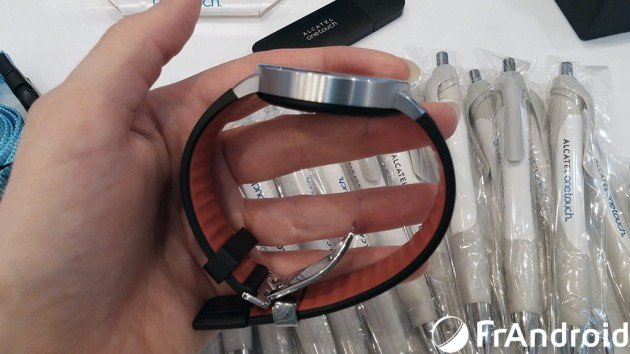 Alcatel One Touch wearable Wave