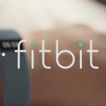 Fitbit lanceert twee nieuwe fitness-armbanden en smartwatch