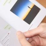 Bedrijf drukt boeken met je complete WhatsApp-gesprekken