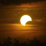 Eclipse Calculator: volg de zonsverduistering op de voet