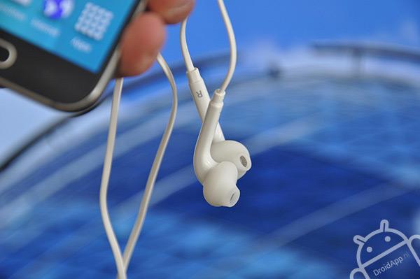 Samsung Galaxy S6 headset