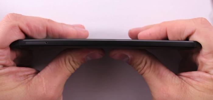 Bendgate: Nexus 6P laat zich wel heel makkelijk buigen [update]