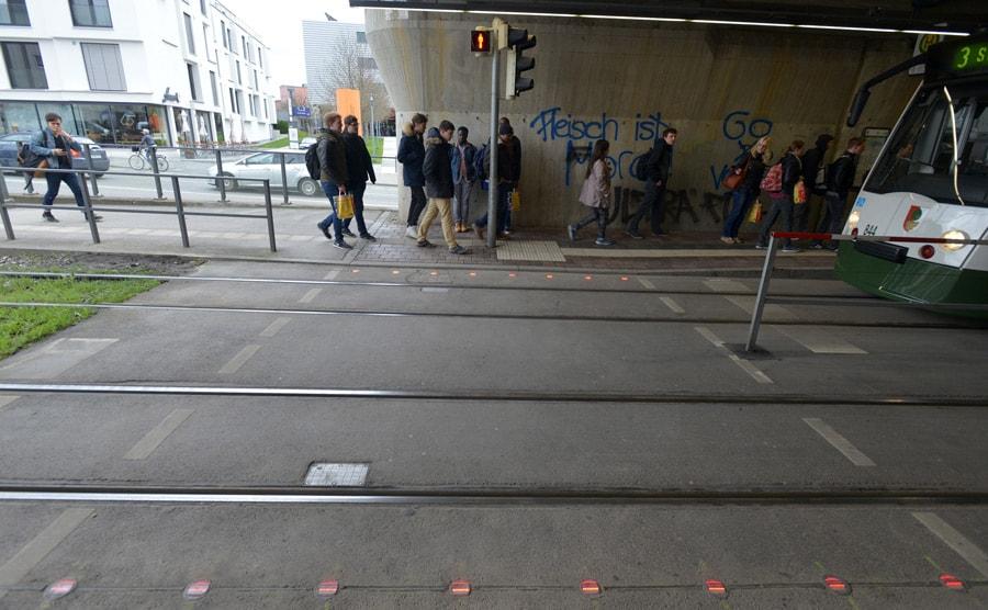 Smombie verkeerslicht Augsburg