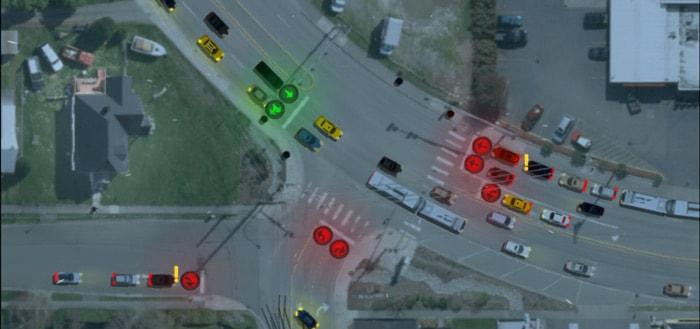 Traffic Lanes 2: regel de verkeerslichten op gevaarlijke kruisingen
