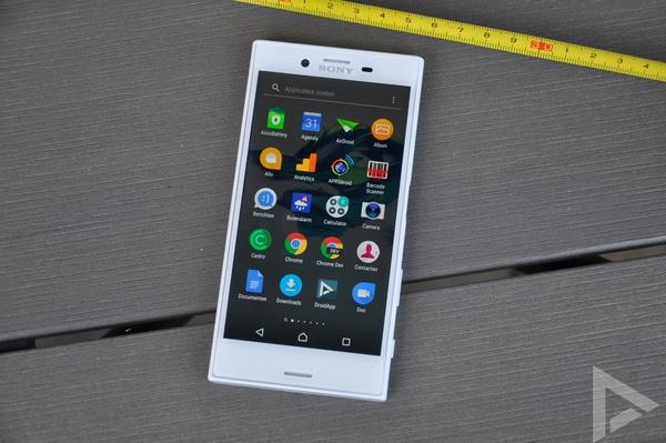 Sony Xperia X Compact menu