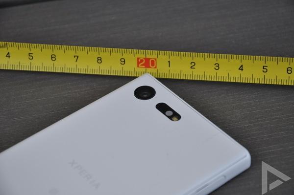 Sony Xperia X Compact camera
