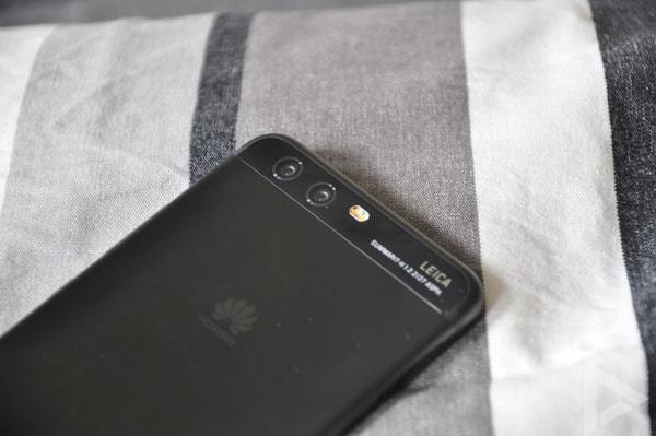Huawei P10 dual-camera