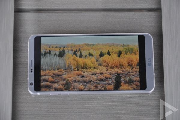 LG G6 display