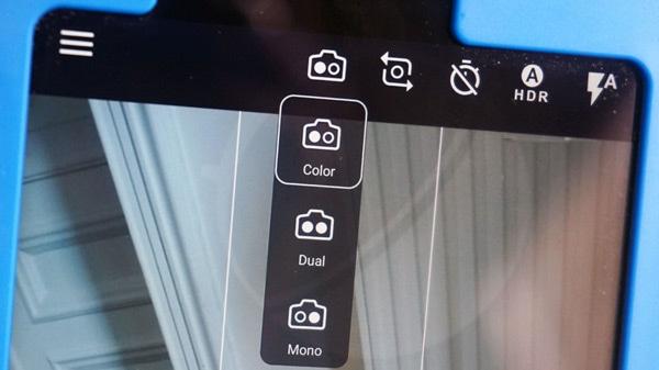 Nokia 9 prototype camera