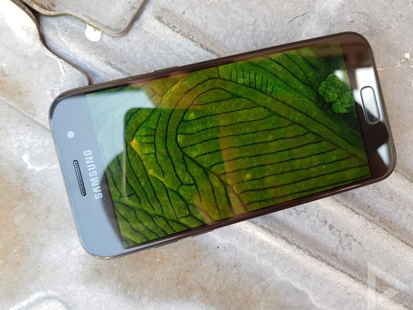 Samsung Galaxy A3 2017 beeldscherm