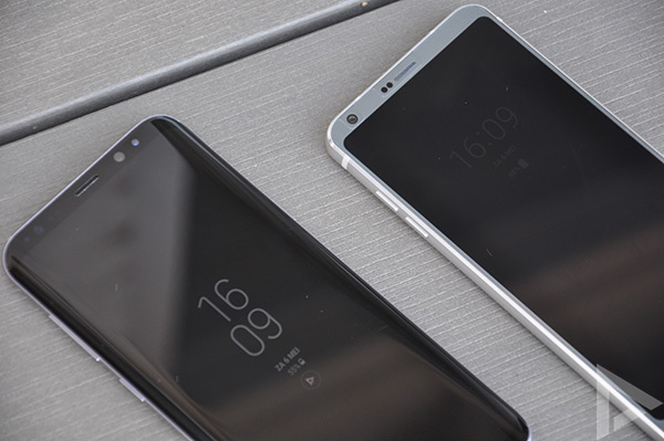 Galaxy S8 vs LG G6 Always On display