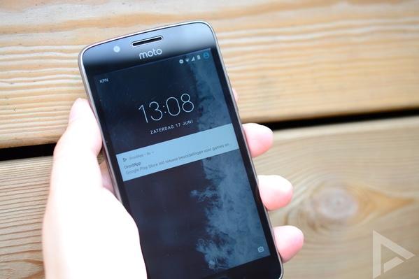 Moto G5 lockscreen