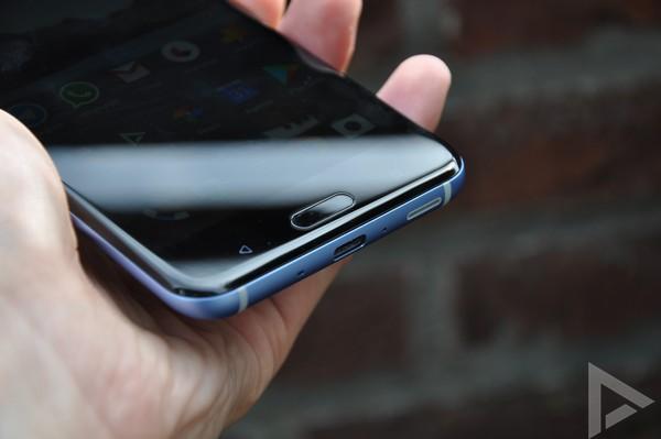 HTC U11 USB