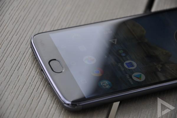 Moto E4 Plus vingerafdrukscanner