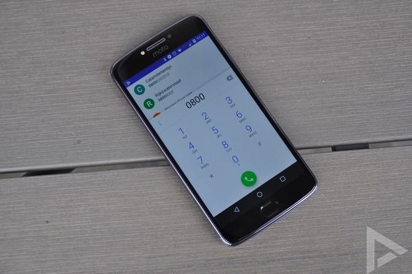 Moto E4 Plus dialer
