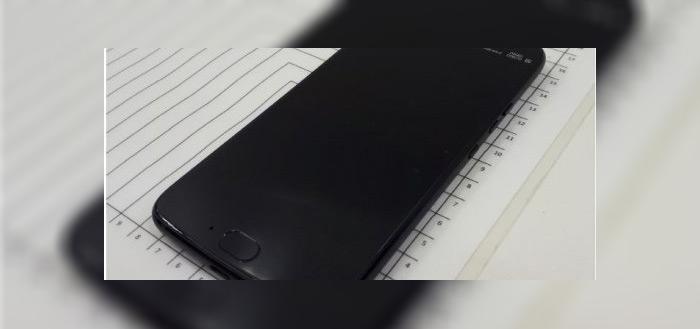 Foto's van nieuwe, nog aangekondigde Moto X4 verschenen