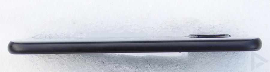 Moto X4 zijkant