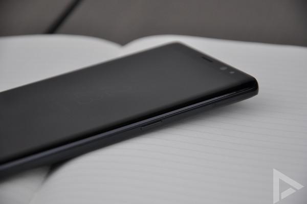 Samsung Galaxy Note 8 rechterkant