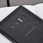 Samsung Galaxy Note 8 dual-camera