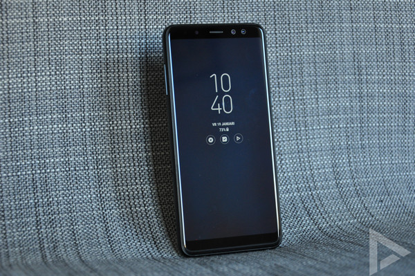 Samsung Galaxy A8 2018 Always On Display