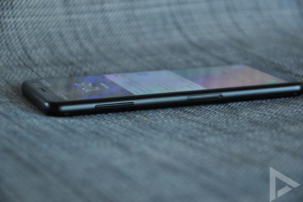 Samsung Galaxy A8 2018 linkerkant
