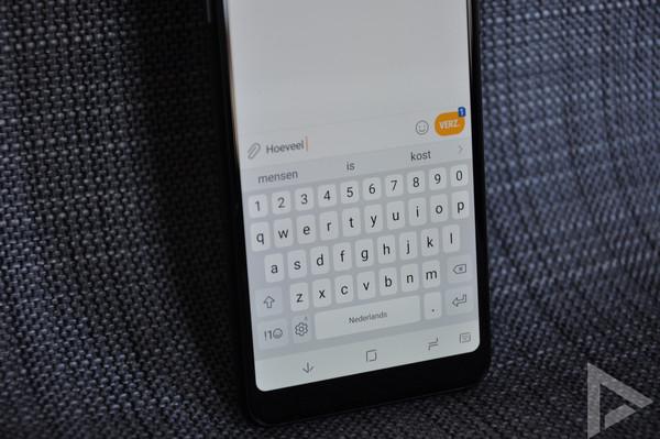 Samsung Galaxy A8 2018 toetsenbord