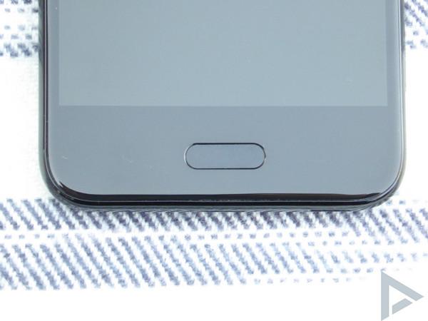 HTC U11 Life home-button