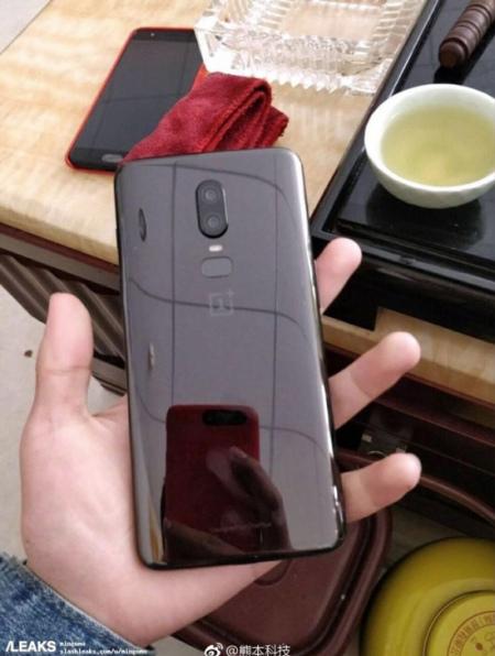 OnePlus 6 foto