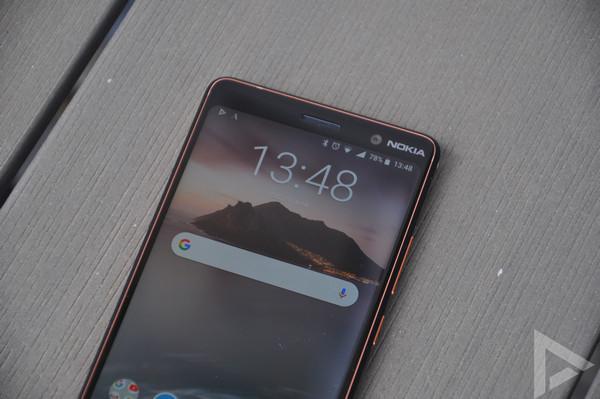Nokia 7 Plus front-camera