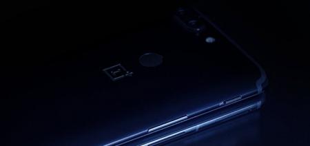 OnePlus lekt foto van zijkant OnePlus 6: einde voor alert-slider?