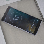 Sony Xperia XZ2 lockscreen