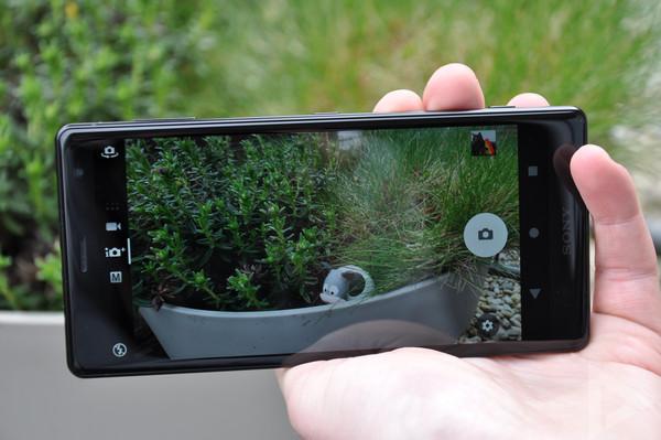 Sony Xperia XZ2 camera