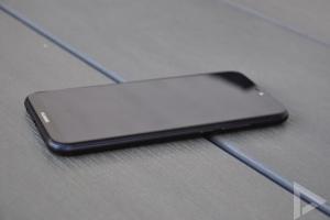 Huawei P20 Lite rechterkant