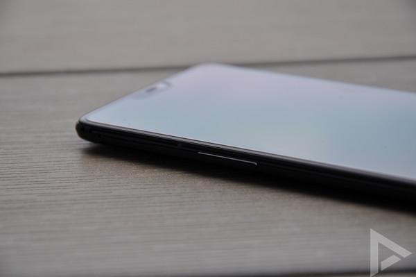OnePlus 6 linkerkant
