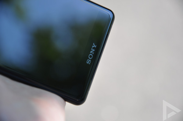 Sony Xperia XZ2 Compact speaker