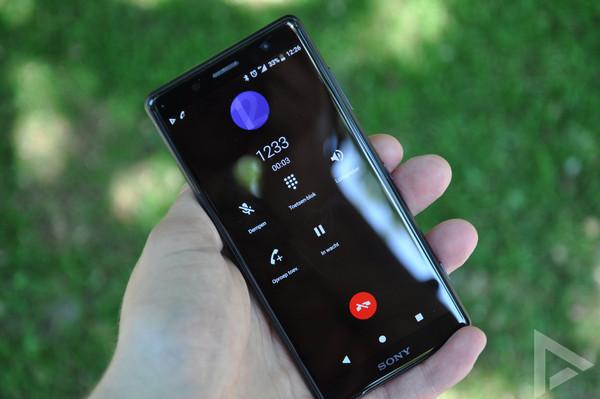 Sony Xperia XZ2 Compact dialer