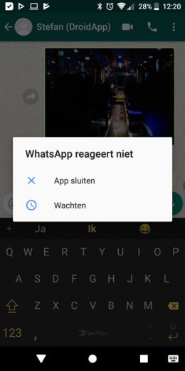 WhatsApp emoji bug crash