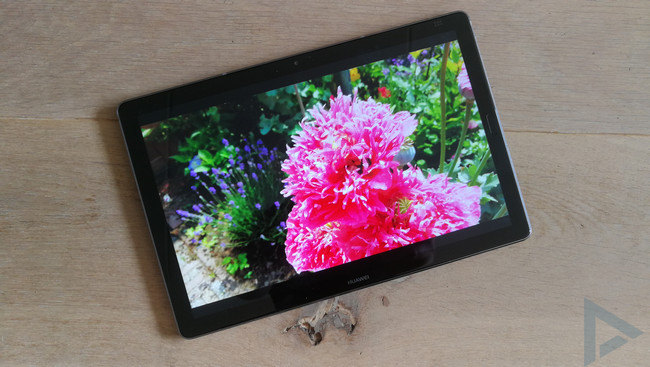 Huawei MediaPad M5 display