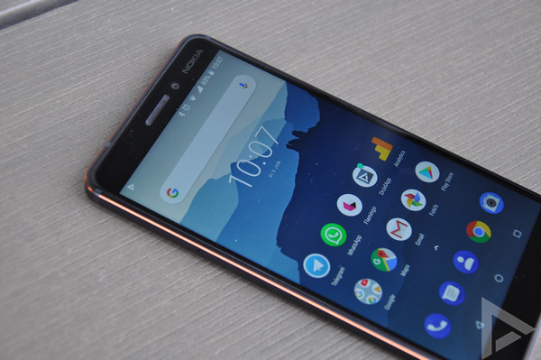 Nokia 6.1 voorkant