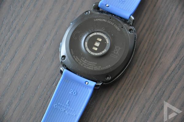 Samsung Gear Sport achterkant