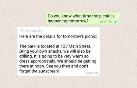 WhatsApp doorgestuurd bericht label