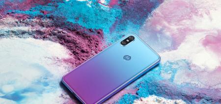 Motorola presenteert Moto P30: mix tussen Huawei P20 en iPhone X