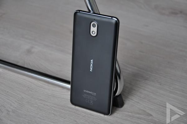 Nokia 3.1 achterkant
