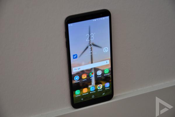 Samsung Galaxy J6 voorkant