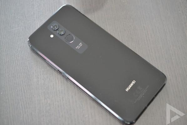 Huawei Mate 20 Lite achterkant