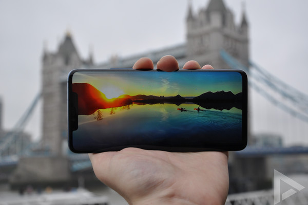 Huawei Mate 20 Pro display