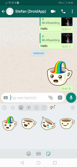 WhatsApp 2.18.329 stickers