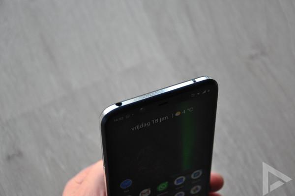 Nokia 8.1 bovenkant
