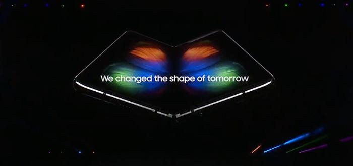Samsung Galaxy Fold nu ook in 'marteltest': overleeft hij het?
